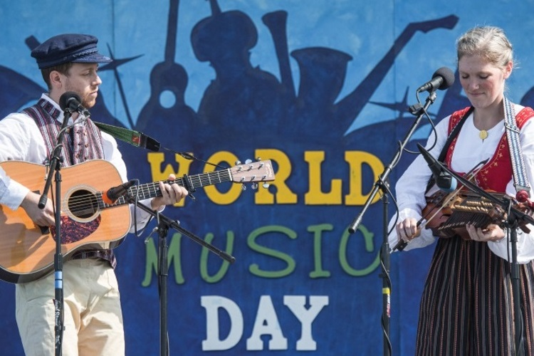 World Music Day 2017 Main Stage Artists Justin Nawn and Bronwyn Bird